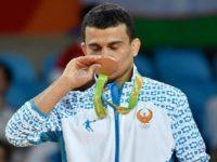 Уч карра Олимпиада совриндори Ришод Собиров катта спортни тарк этди